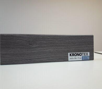 Плинтус Kronotex KTEX1 D3178 Дуб Эверест серый