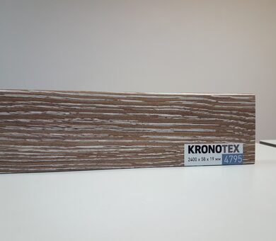 Плинтус Kronotex KTEX1 D4795 Дуб горный бронзовый