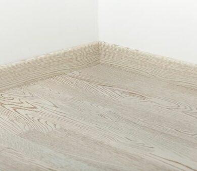 Плинтус Tarkett 80x20 Art White Wedding
