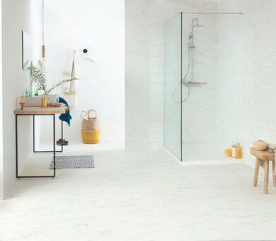 Виниловый ламинат Quick Step Livyn Ambient Click AMCL40136 Мрамор каррарский белый
