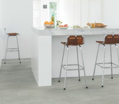 Виниловый ламинат Quick Step Livyn Ambient Glue Plus AMGP40050 Бетон тёплый серый